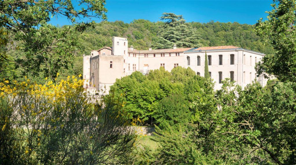 Chateau de l'environnement à Buoux
